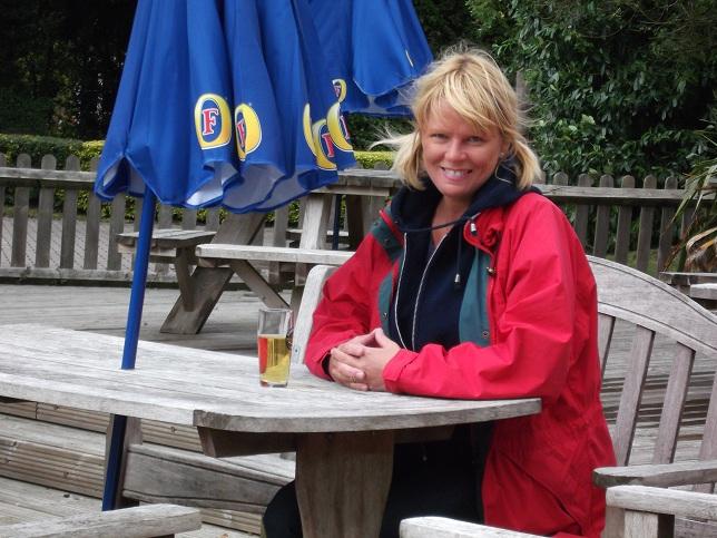 Jenny Kirwan (me!) enjoying my Stowford Press Cider in the beer garden at the Pineapple, Brimptom Common.